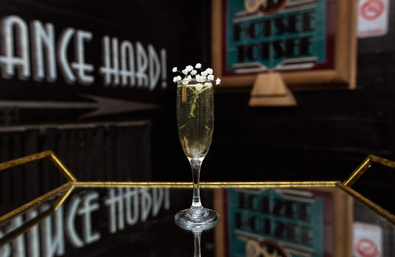 drinks at Thaxton Speakeasy