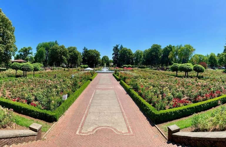 Peninsula Park and Rose Gardens, Portland