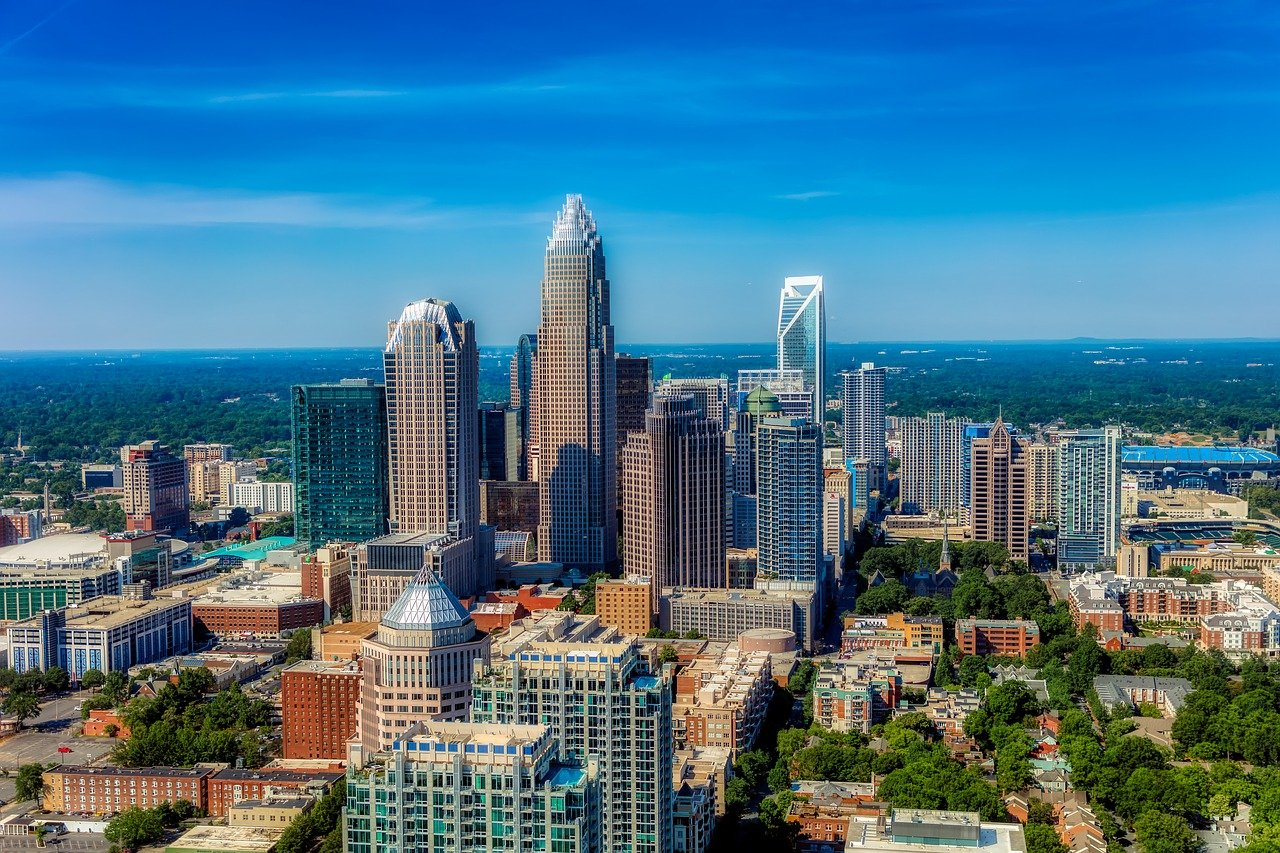 Best Date Ideas in Charlotte: Fun & Romantic Things to Do for Couples