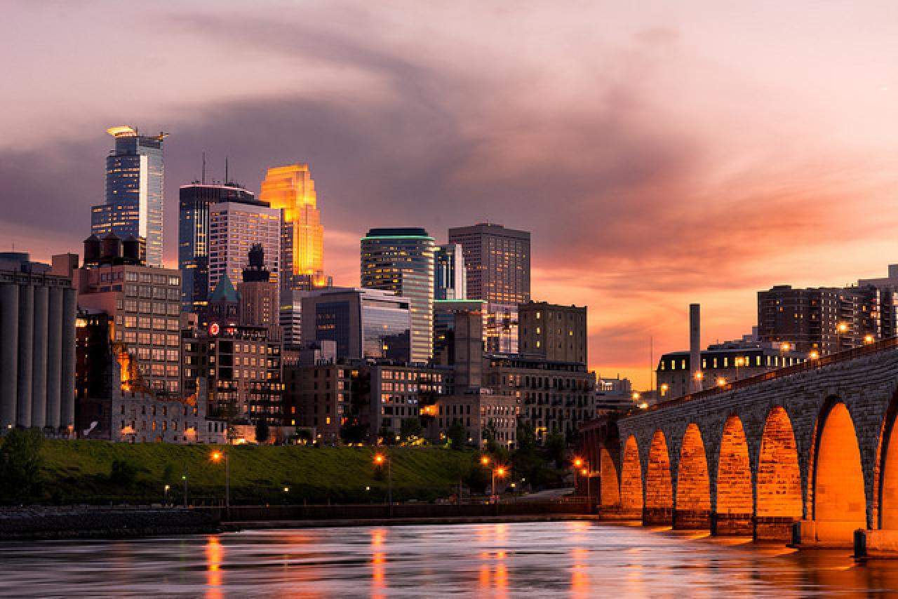 Minneapolis Date Night Ideas: Fun Things to Do for Couples