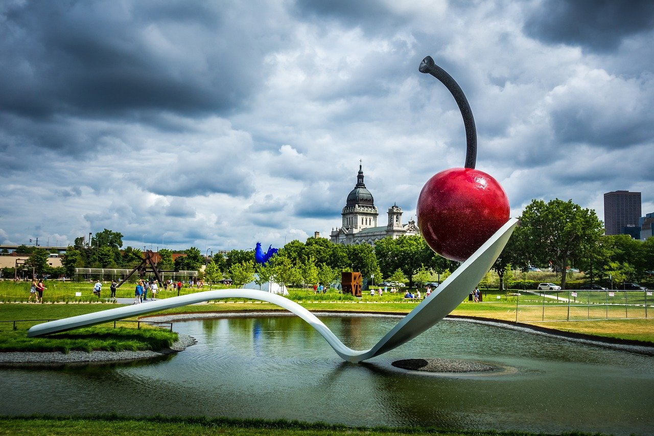 Best Date Ideas in Minneapolis: Fun & Romantic Things to Do for Couples