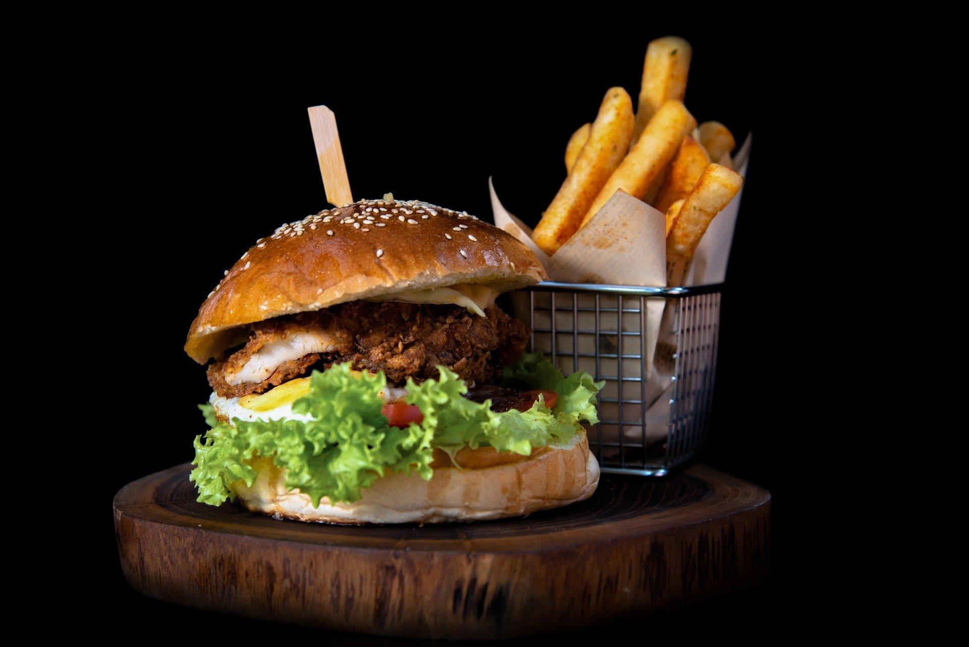 Louie M's Burger Lust